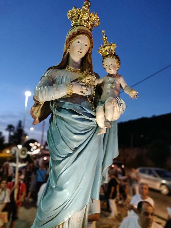 Statua lignea della Madonna delle Grazie in Vaccheria - Caserta
